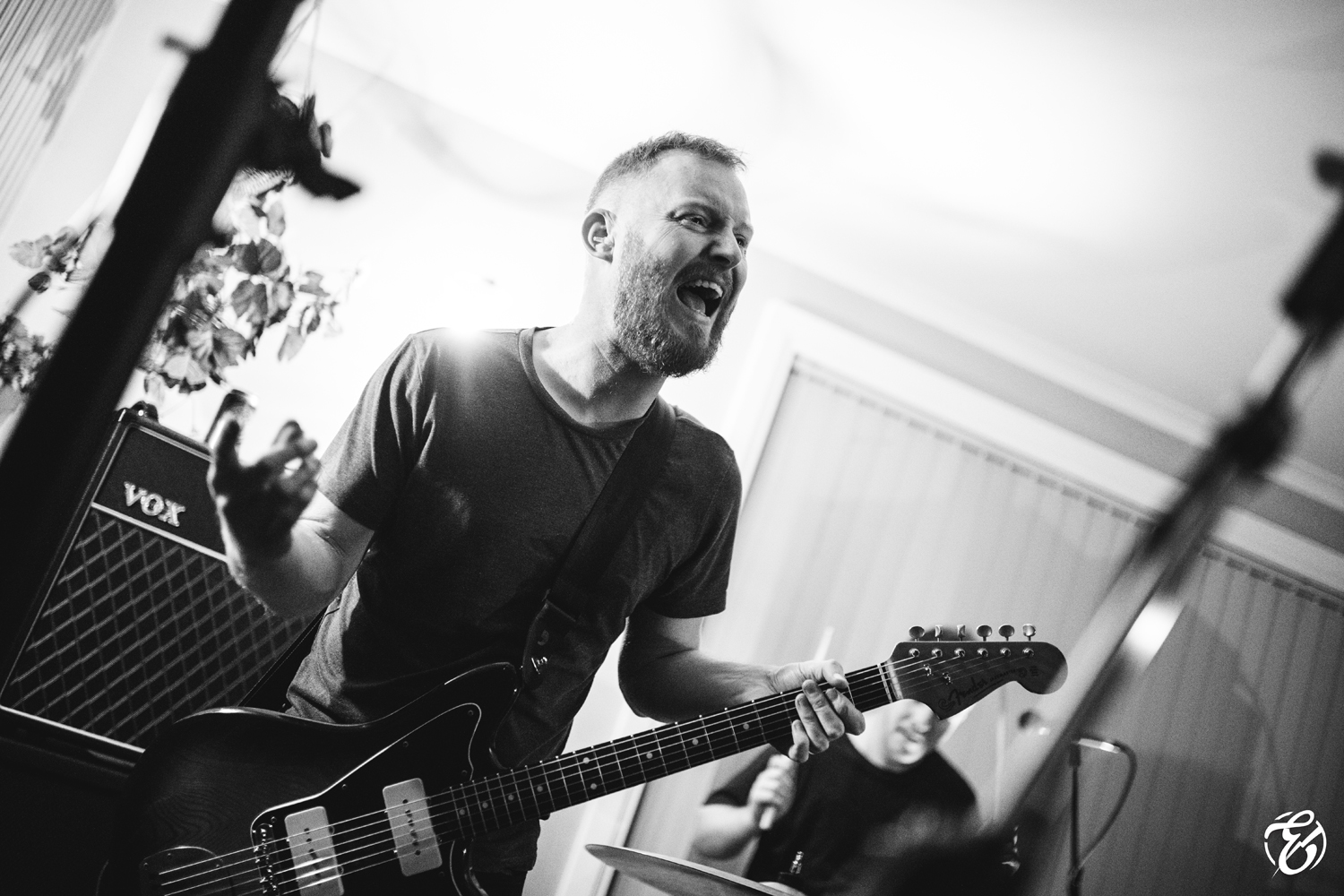 Marcus Wynwood performing with Captives at a house party during the filming of the Locked out of Heaven music video. Photo by Andrew Basso at Electrum Photography